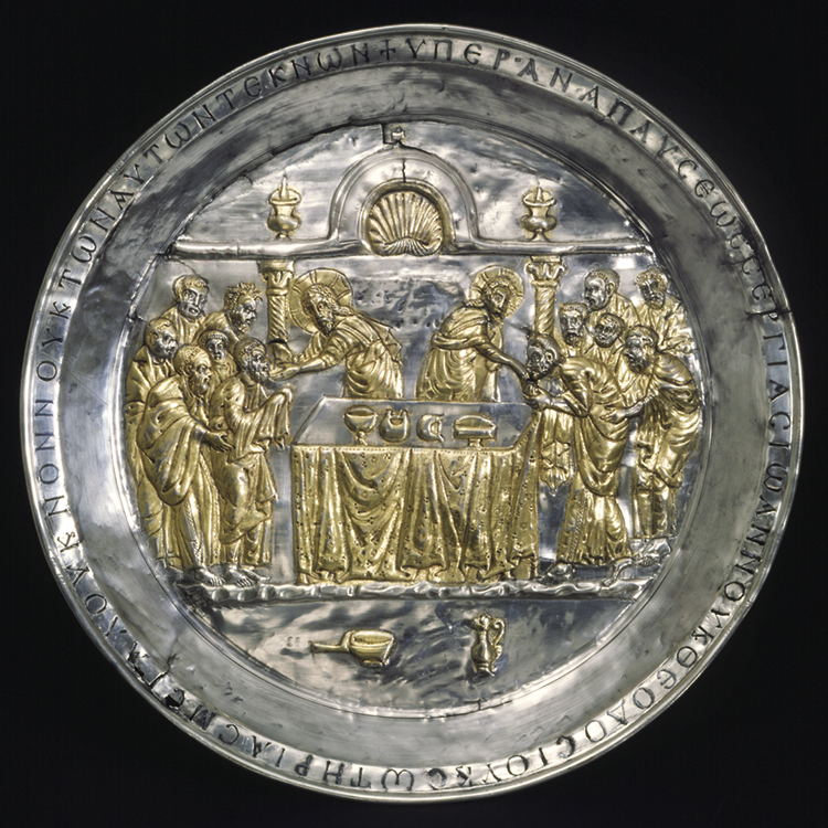 Paten with the Communion of the Apostles 565–78. Byzantium, early Byzantine period  (c. 300–726). Silver, gilding, and niello; overall: 35 x 35 x 3.2 cm. On loan from the Dumbarton Oaks Collection, BZ.1924.5